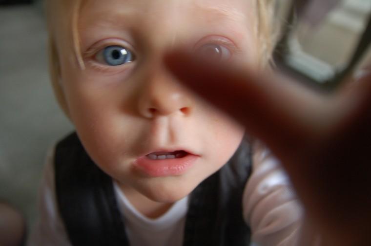 Hur bemöter du detta barn? undrar Anne-Marie Körling, i september 2009