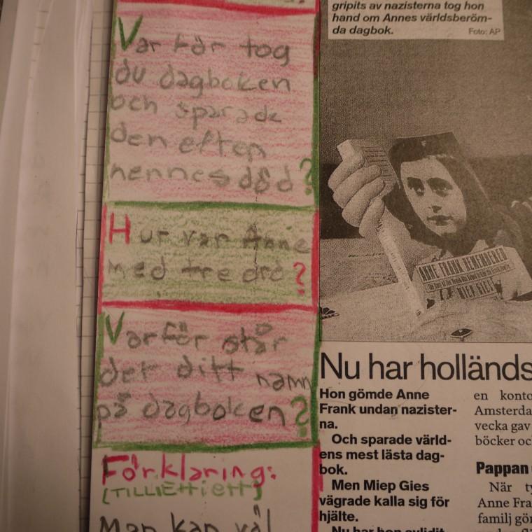 Textrörlighet kring Anne Franks dagbok, tidningen som skrev om Anne Franks dagboksförvaltare, och elevens egna texter i förhållande till detta, körling undervisar 2010