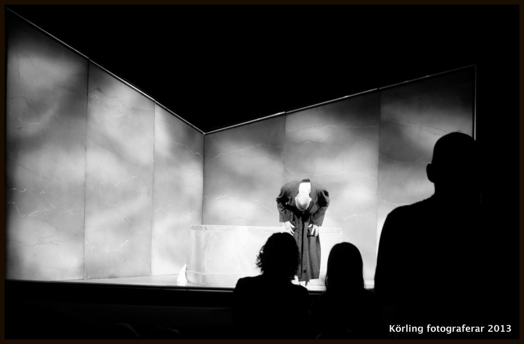 Becket framförd av skådespelare i Edinburgh, körling fotograferar 2013